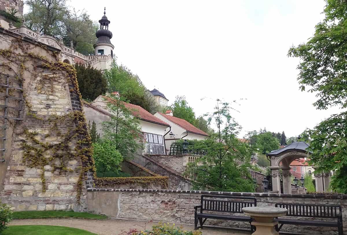 2-days-in-prague-visit-Pálfy's-garden