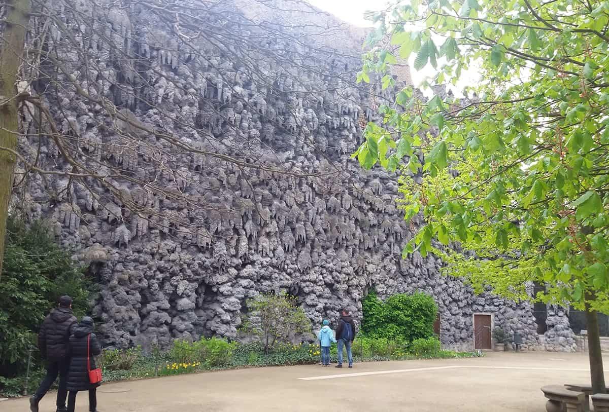 explore-wallstein-garden-in-prague