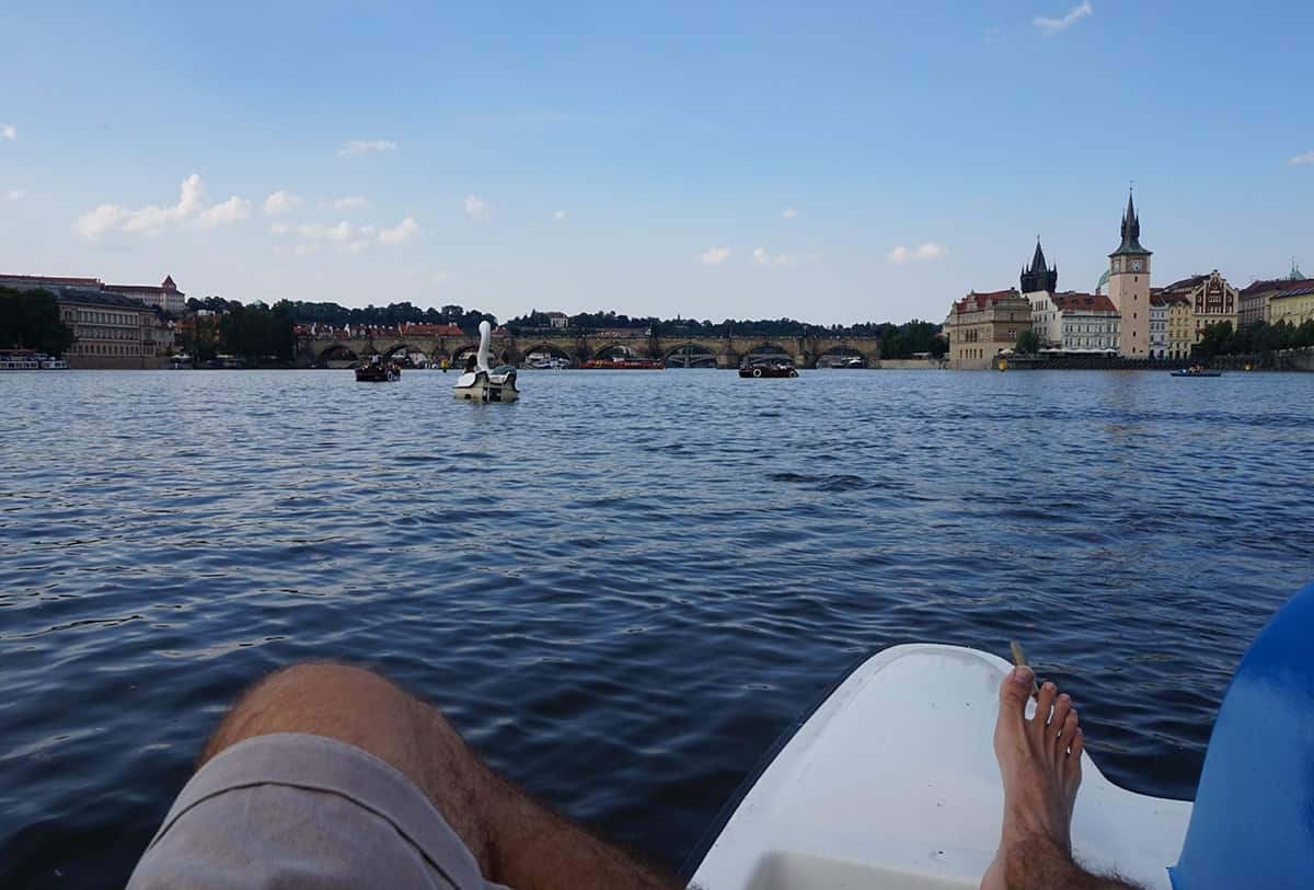 rent-a-paddle-boat-in-prague