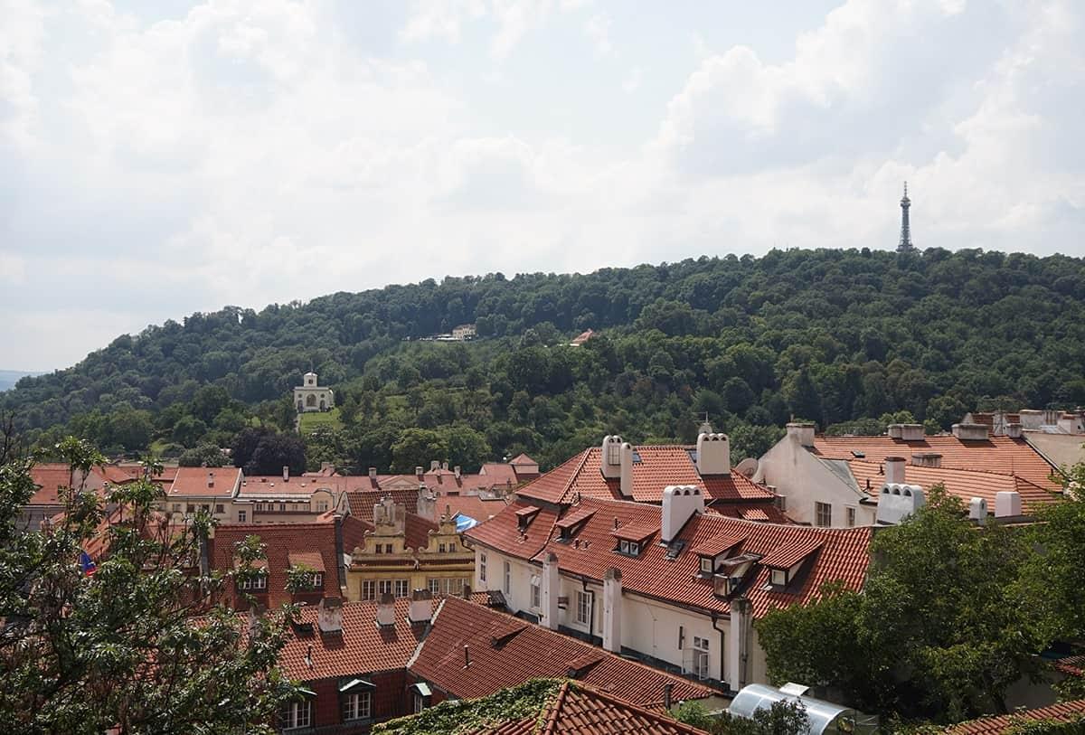 visit-petrin-tower-in-prague