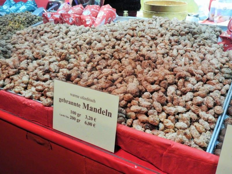 Gebrannte Mandeln – sweet roasted almonds