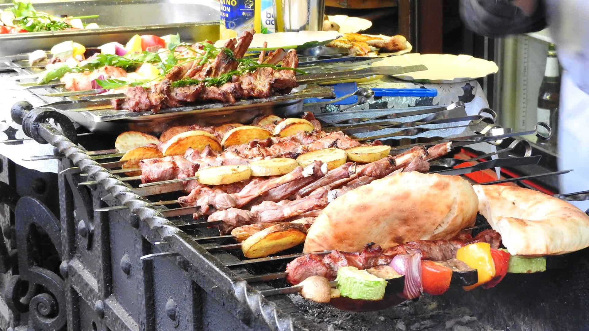 Place to see in Moscow: shashlik