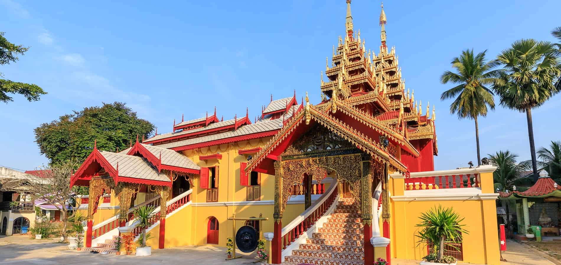 sleep-in-temples-for-free-min
