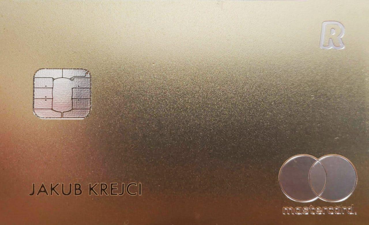golden-revolut-card-min